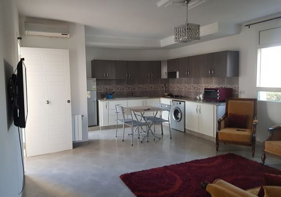 À louer un très joli appartement à hammamet s+2 climatisé richement meublé.