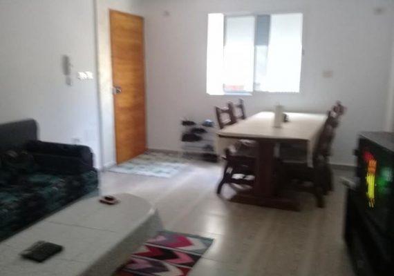 Je met en vente un magnifique appartement S+2 de superficie 96 m² situé au 1ère étage