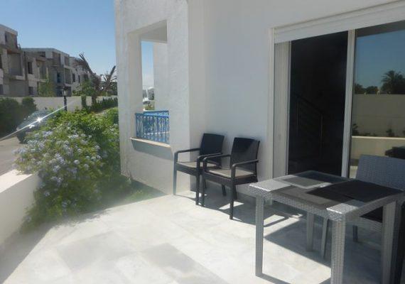 A louer un duplex de 210 m² – Zone Touristique -2500dt/mois