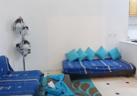 A louer un S+1 meublé de 180 m² – R4- 450dt/mois