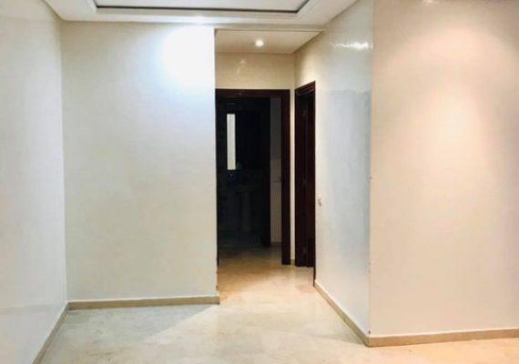 Je met un belle appartement à louer vide quartier de belvédère bd Émile Zola dans un quartier sécurisée à proche de tramway et tout les installation avec ascenseur et parking et deux chambres salon cuisine et salle de bain dans un résidence sécurisée pour plus d'informations contactez nous merci