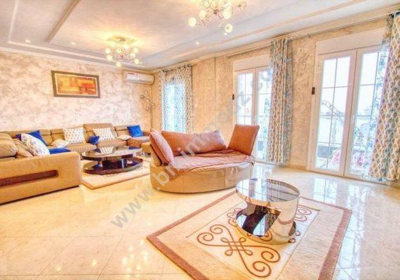 𝐋'𝐚𝐠𝐞𝐧𝐜𝐞 𝐢𝐦𝐦𝐨𝐛𝐢𝐥𝐢𝐞̀𝐫𝐞 𝐁𝐌 𝐈𝐦𝐦𝐨𝐝𝐳 vous propose un appartement double façades à vendre à «Les Castors».