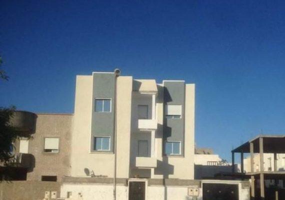 ♯L'agence Immobilière 🏠 ♯Investimmo vous propose une villa haut standing R+2, à L'Aouina dans un quartier calme.