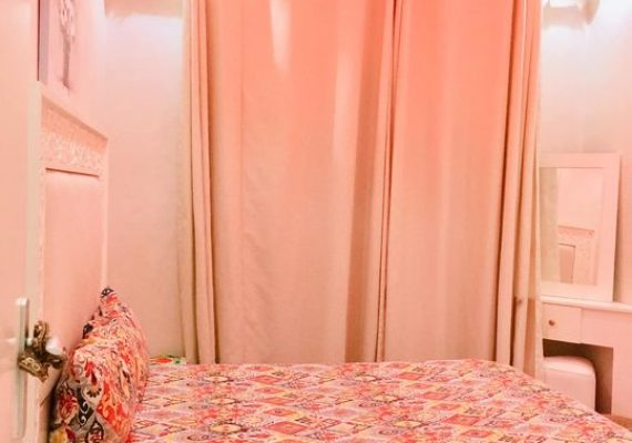 #votre_coin_immobilier_à_marrakech vous propose ♨️une appartement bien meublé à Jenan Awrad de deux chambres, salon, une cuisine bien équipée et deux salles de bain au 2éme étage dans une Résidence calme et propre avec parking sous-sol et ascenseur👁🗨 Le prix 4000 dhs pour plus d'infos contact +212641 197917 ou +212657 267934