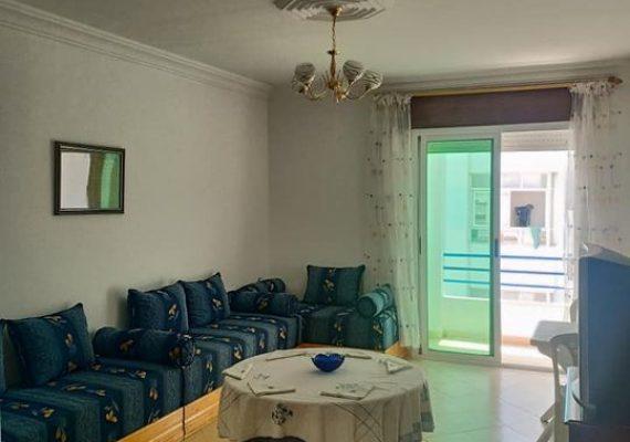 وكالة الحرايقي العقارية ترحب بزبنائها الكرام في كل ربوع المملكة و توفر لكم شقة للكراء الصيفي في غاية الأناقة بمدينة مرتيل بثمن جد مناسب .