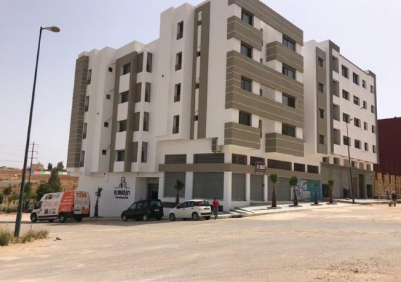Découvrez notre tout dernier projet : Résidence Dyar Chahdia, au coeur du lotissement Chahdia et face à un magnifique espace vert aménagé par nos soins !