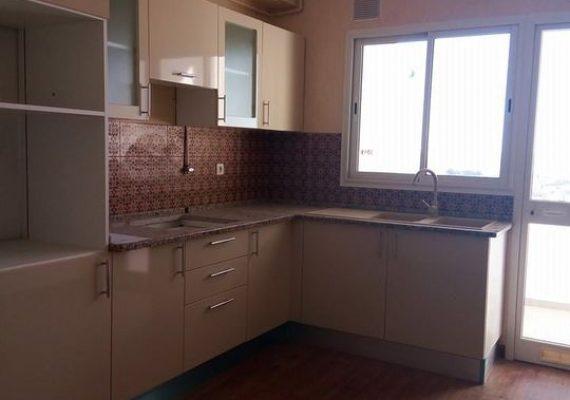 A Louer Appartement S+2 (vide) à El Menzah 9c.