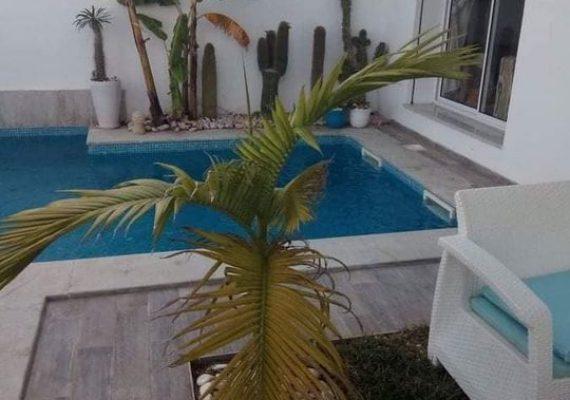 A vendre villa à Hammamet .