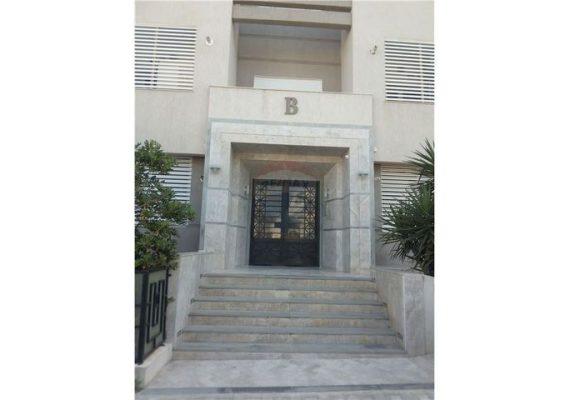RE/MAX Best met à la #vente un bel #appartement S+2 🔑 à Riadh El Andalous🔥🇹🇳