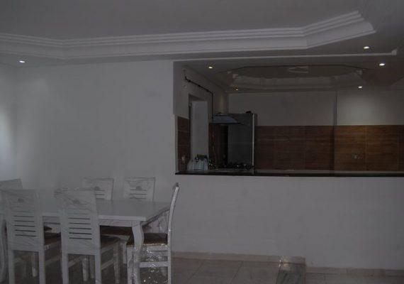 À louer un appartement meublé, au RDC à Hammam chatt côte mer .