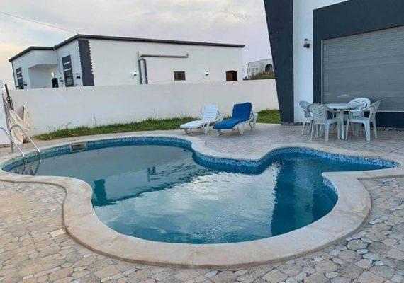 Un séjour de rêve à Djerba 🏖️🌊☀️ dans une charmante villa 🏘️ 💝 avec piscine à midoun.