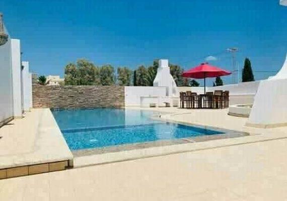 Passer un excellent séjour à Djerba ☀️👒🌅🏝🏊♂️🚣♀️dans une charmante villa style Djerbien moderne classée 6* en face d'hotel Sadra Baal à la zone touristique Midoune, Djerba :