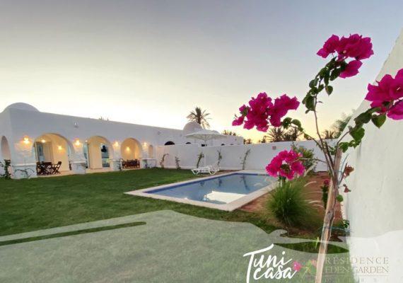TuniCasa vous propose cette nouvelle Résidence «EDEN GARDEN» 🏡 avec des villas spacieuses et lumineuses à''Djerba Paradise Resort'' bien située à AGHIR en 1re position à 200m de la plage 🏖️: