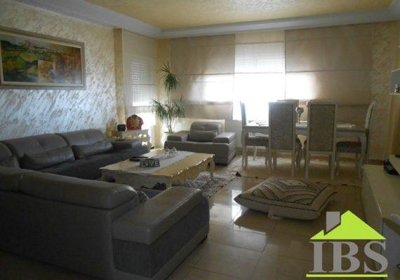 Immobilière Ben Said met en vente un appartement d'une superficie de 150 m² de bon standing sis au 2ème étage d'un immeuble sécurisé situé dans un quartier calme à Ain mariem.