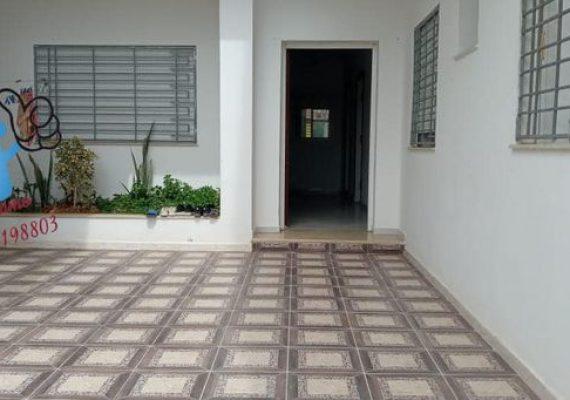 Solidarite immo met à vendre à Kelibia un appartement au RDC de superficie 165 m² composé de :