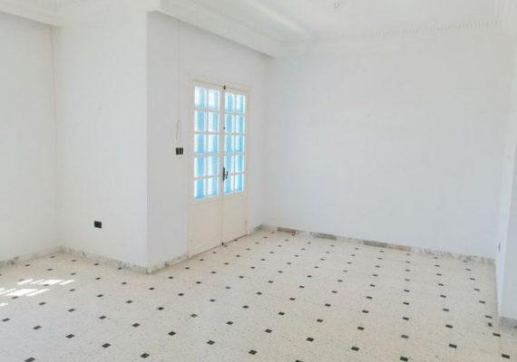 Appartement en S+3 de 120 m2 situé à #Monastir 🏫 à 650dt.