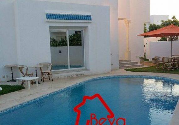 Location estivale 🔵 👉Une villa s+5 à Hammamet #Piscine